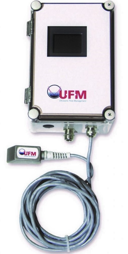 UFM-50 - doppler clampon flowmeter vaste opstelling | U-F-M b.v.