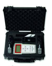 UFM-55 - draagbare doppler clampon flowmeter | U-F-M b.v.